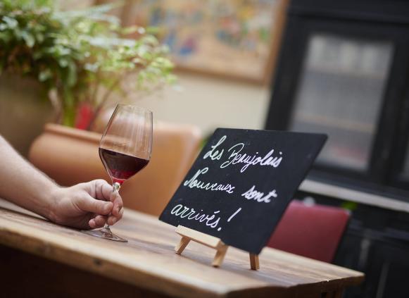 Les Beaujolais Nouveaux perpétuent une tradition chaque année !
